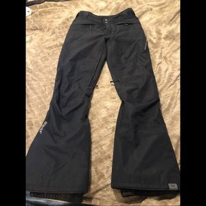 ROXY Rushmore 2L GORE-TEX snow pants— black